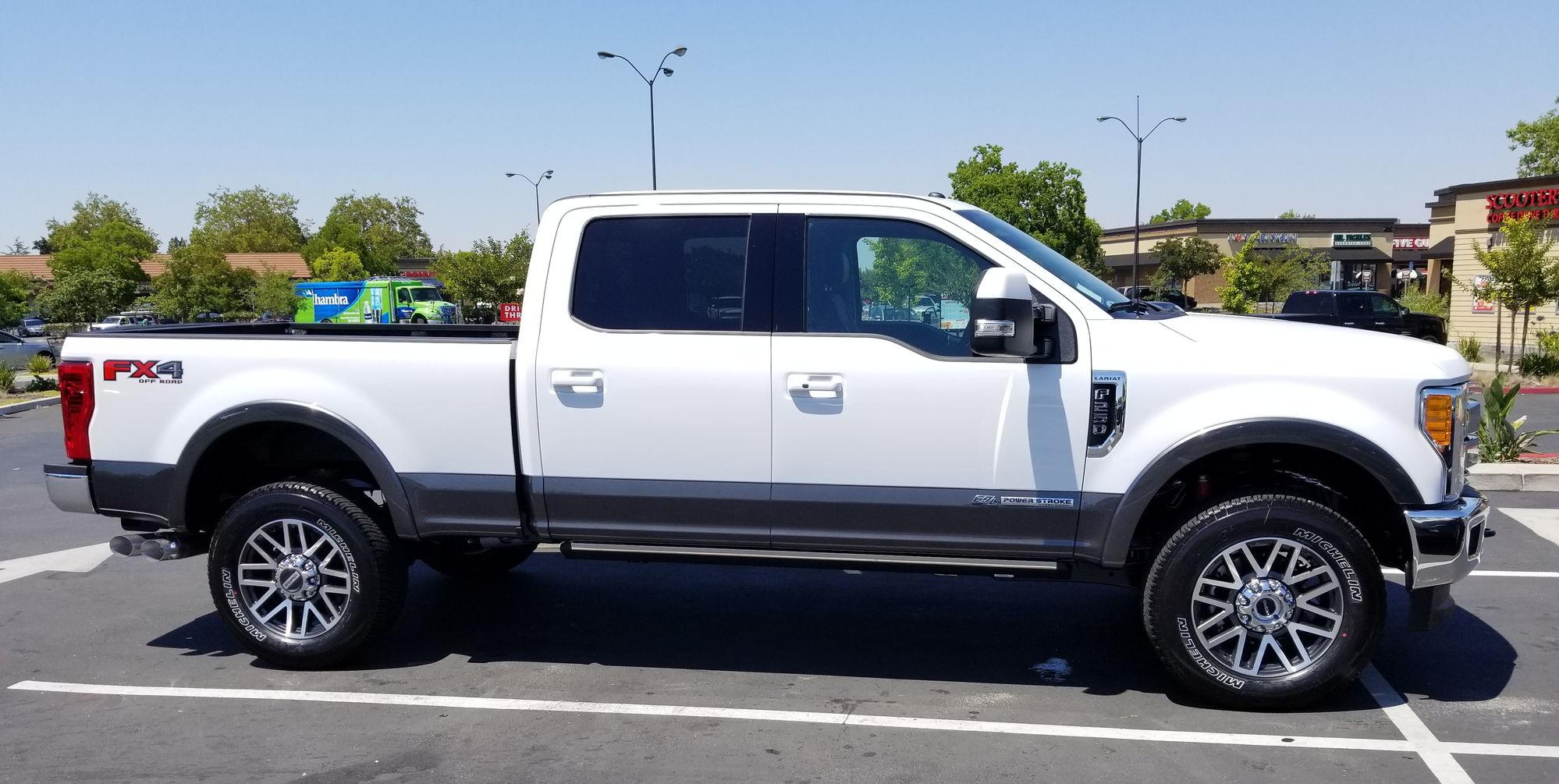 Ford Oxford White Paint Vs White Platinum