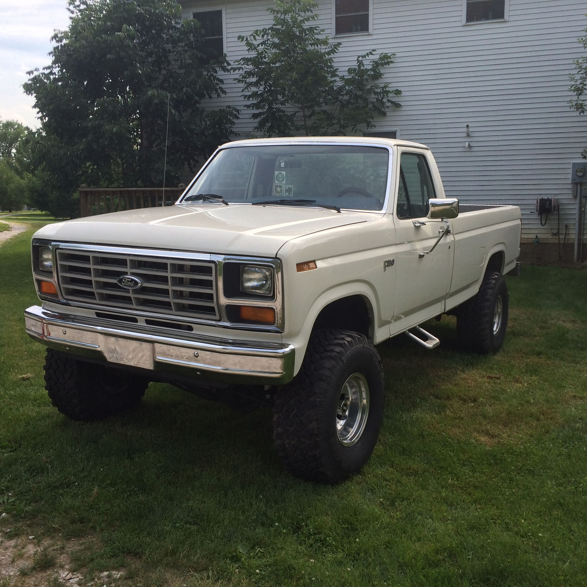 81 ford f150 4x4 6000obo ford truck enthusiasts forums. Black Bedroom Furniture Sets. Home Design Ideas