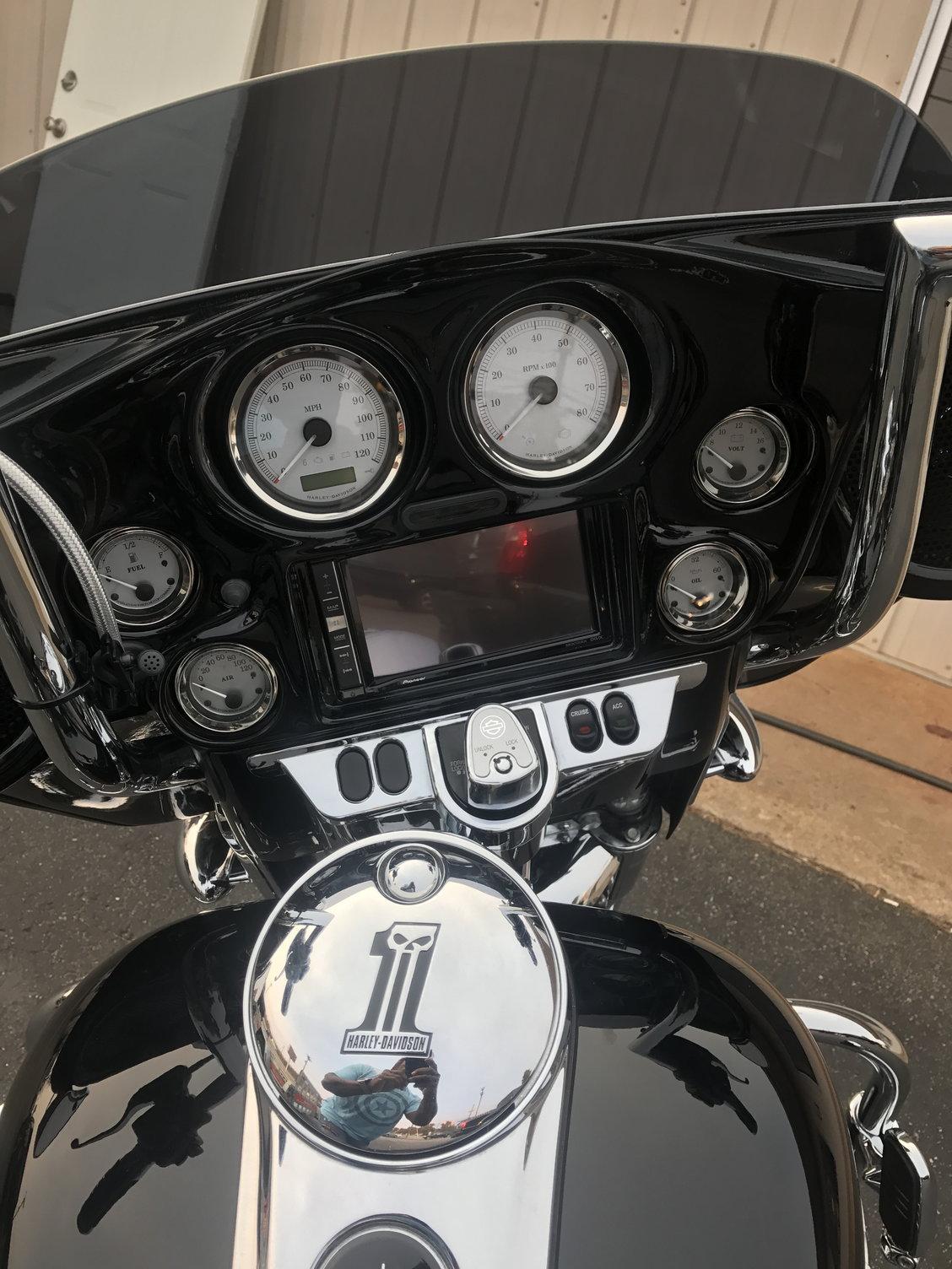 New Double Din Inner Fairing - Harley Davidson Forums