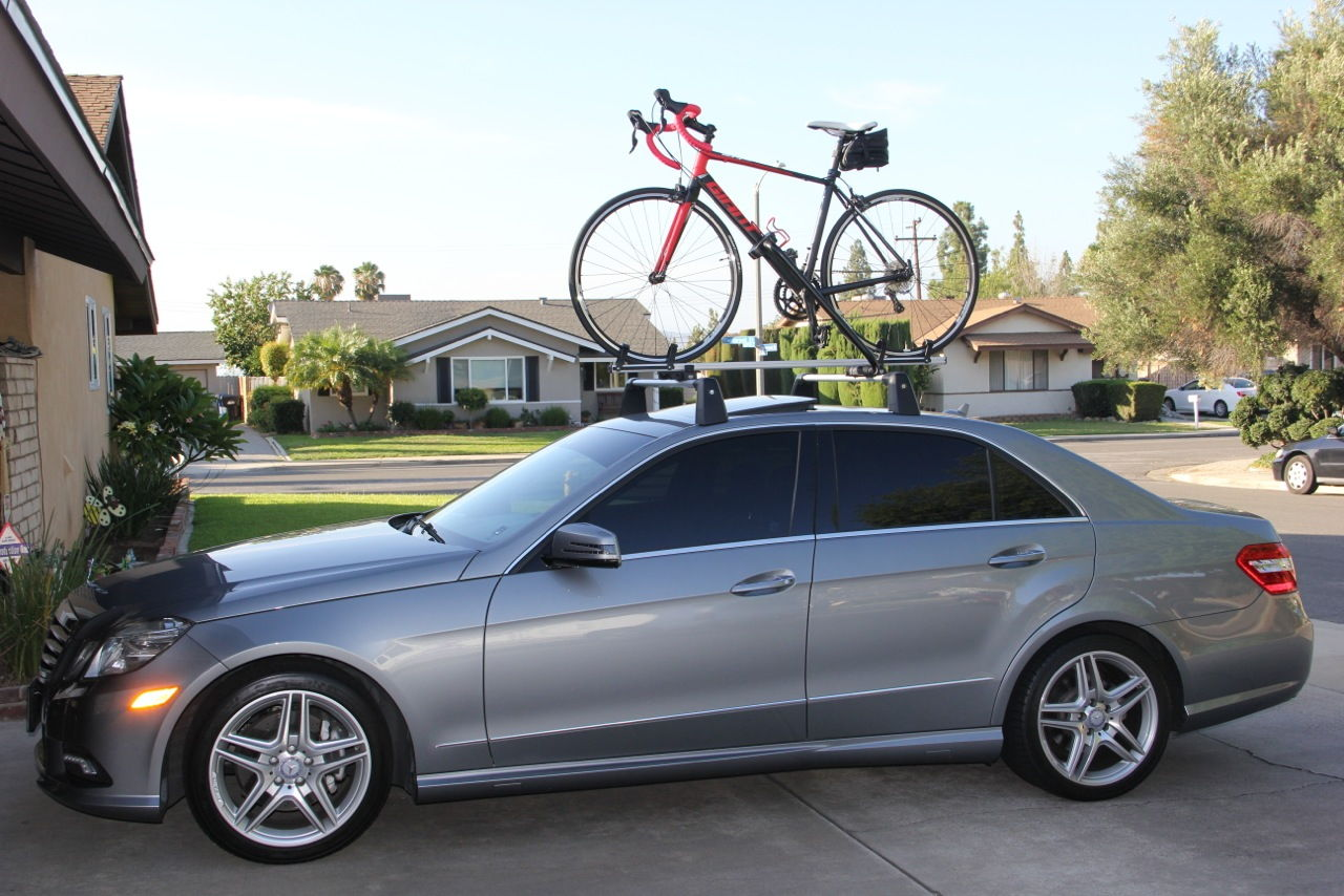 Mercedes e350 roof rack cosmecol for Mercedes benz roof rails