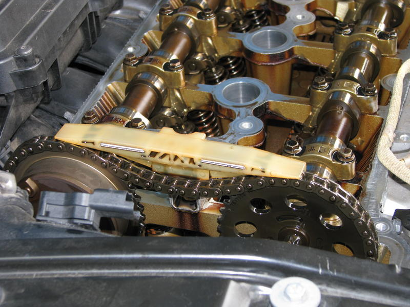 R56 Top timing chain guide replacement - North American Motoring