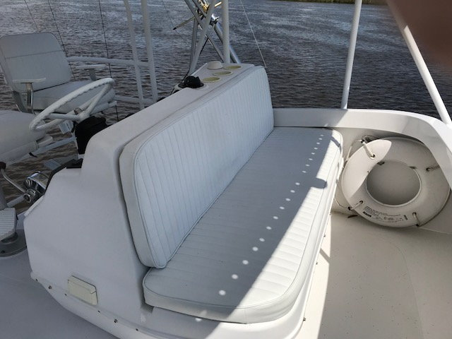 1999 36 Luhrs Convertible with 420 Yanmars SOLD - The Hull