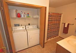 Reviews & Prices for MacArthur Square Apartments, Sioux Falls, SD