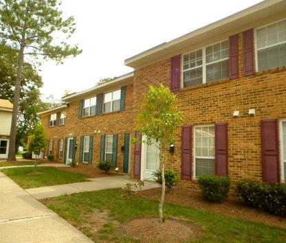 Lexington Court Apartments Reviews