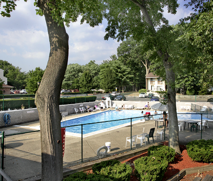 Image Of Lakeview Apartments In Blackwood, NJ
