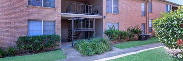 Ashton Park Apartments