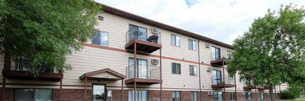 Carlton Place Apartment Community