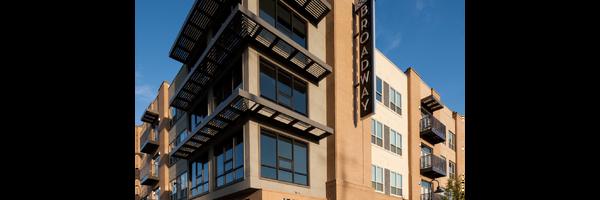 1800 Broadway Apartments