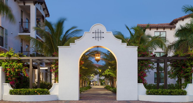 Windsor at Delray Beach is an ultra-luxury apartment community.