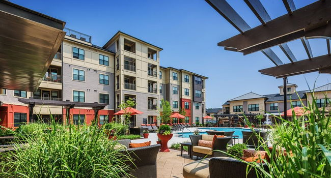 Streets of greenbrier apartments 25 reviews chesapeake - One bedroom apartments in chesapeake ...