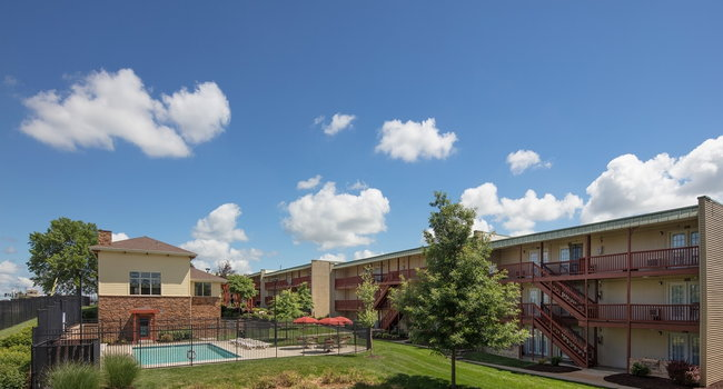 Image Of Tiger Village In Columbia Mo