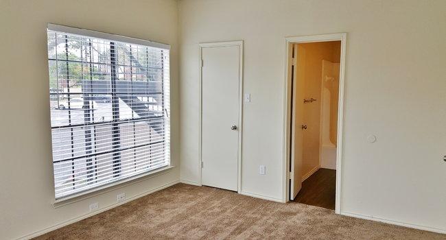 Wyndham On The Creek 23 Reviews Dallas Tx Apartments