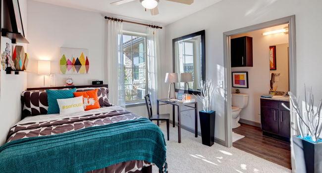 Lark Baton Rouge 63 Reviews Baton Rouge La Apartments For Rent Apartmentratings C
