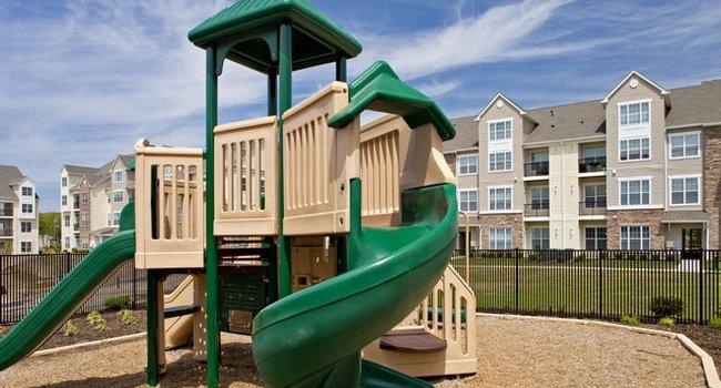 Avalon Garden City 17 Reviews Garden City Ny Apartments For