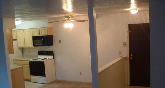 Lakewood Apartments - 67 Reviews | Haslett, MI Apartments ...