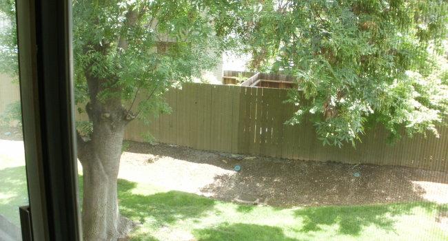 Village Green Apartments - 50 Reviews | Sacramento, CA Apartments