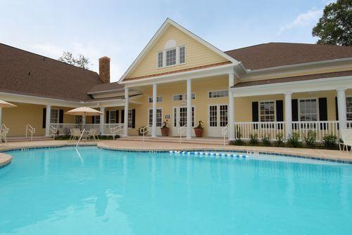 Image Of Regent Apartment Homes In Baton Rouge La