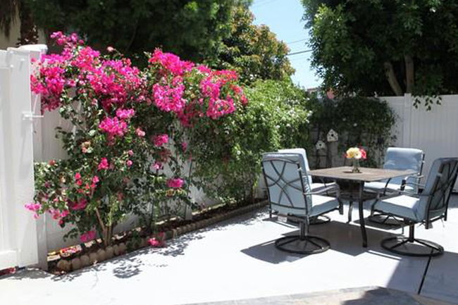 Bon Manager Uploaded Photo Of Patio Gardens Apartments In Long Beach, CA