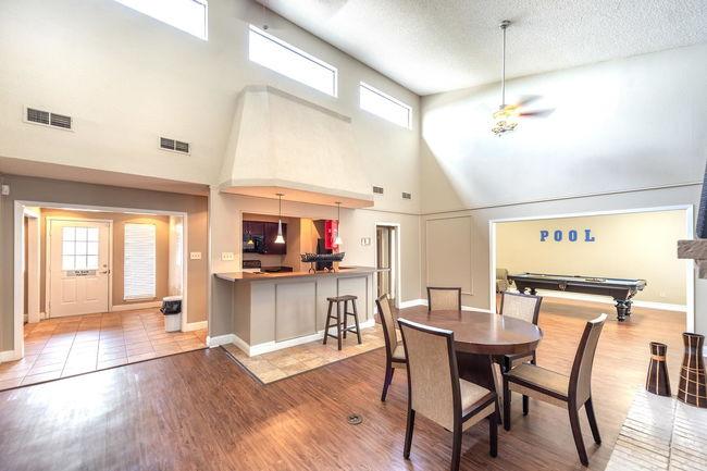 8500 Harwood Apartments - 205 Reviews | North Richland Hills ...