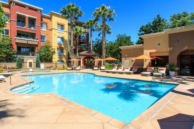 Waterford Place - 56 Reviews | Dublin, CA Apartments for ...