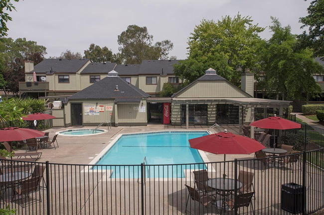 Sierra Glen Apartments 130 Reviews Citrus Heights Ca Apartments For Rent Apartmentratings C