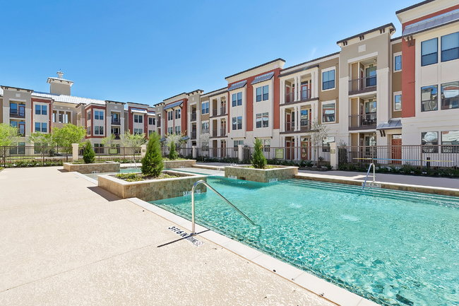 Dolce Living Home Town - 19 Reviews   North Richland Hills