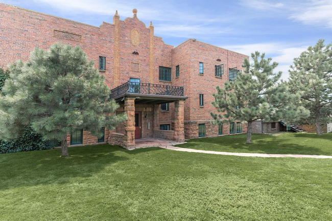 Manager Uploaded Photo Of Cascade Park Apartments In Colorado Springs Co